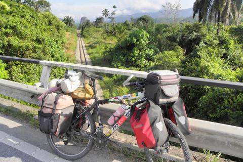Per fiets tussen jungle en kust in Maleisië