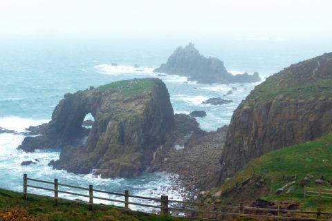 De 'Wild West Coast'. Het ruigste deel van Engelands langste kustwandelpad…