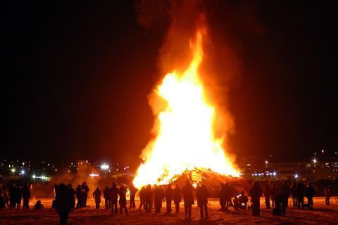 Bonfires Reykjavik