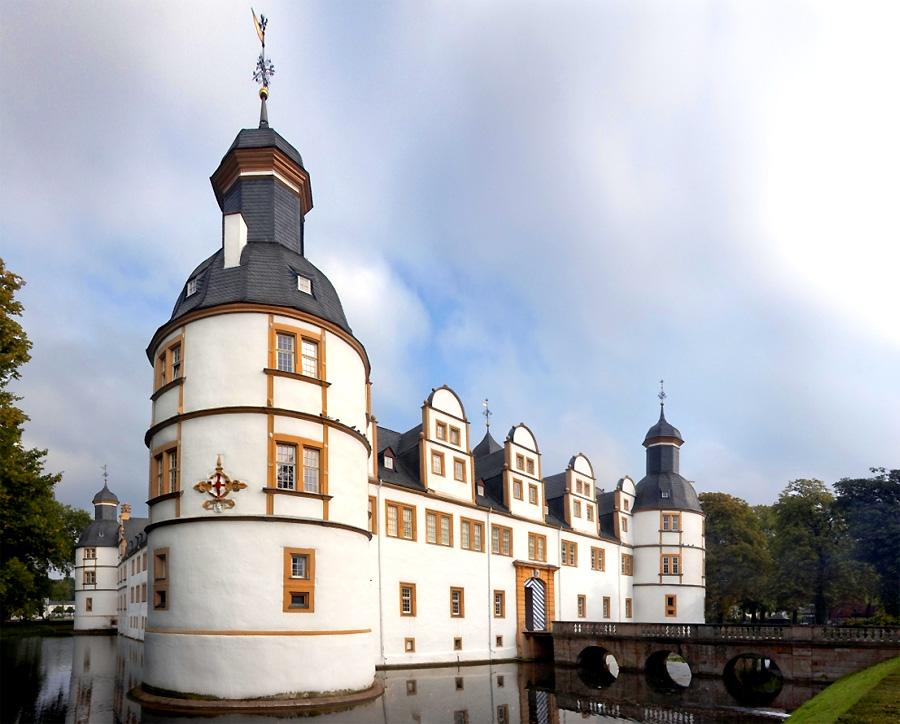 Schloss-Neuhaus--foto-Kees-