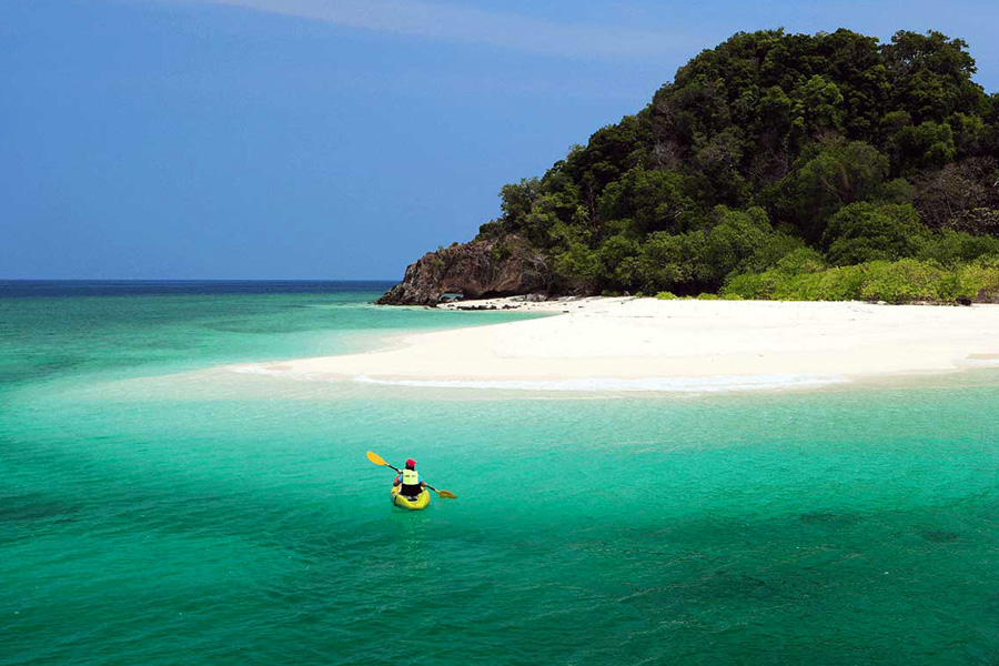 Tarutao-Islands-(bluezzz