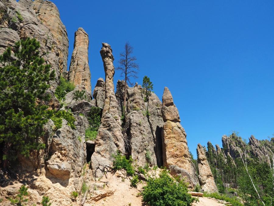 De pieken zijn populair bij klimmers (foto Rene en Lione van Kolsteren)