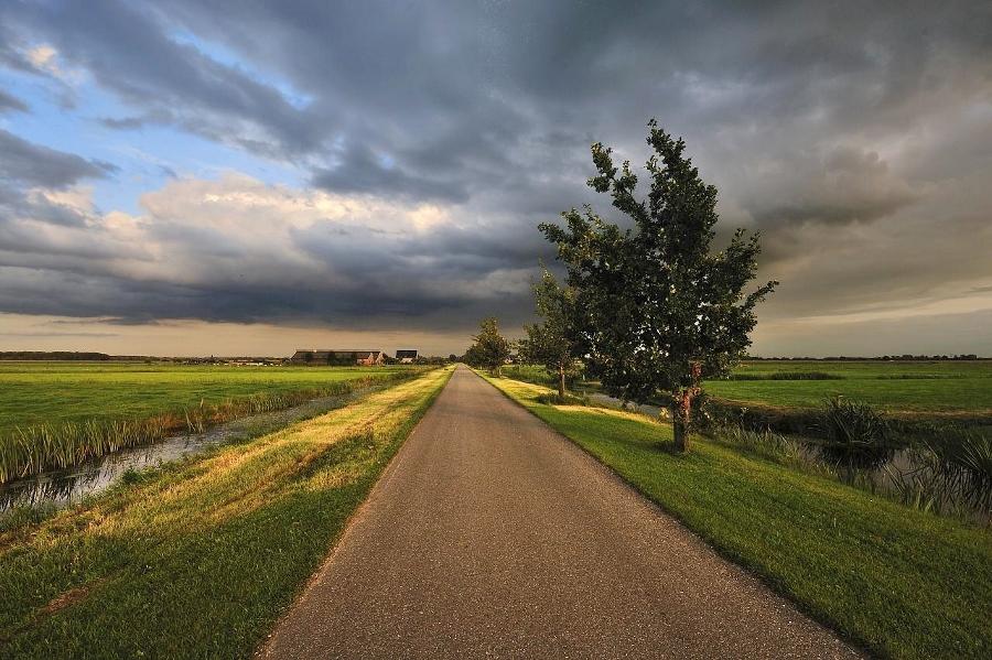 Hollandse luchten onderweg (foto Hans Heintz, flickr)