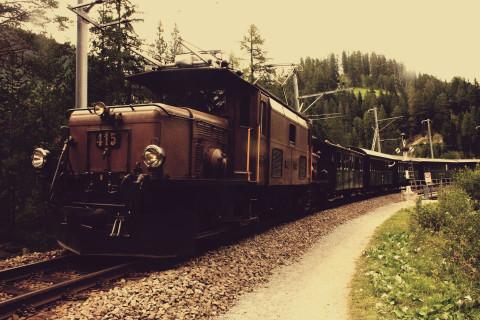 Nostalgische treinreis over historische spoorweg in Graubünden