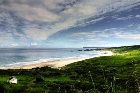 25 topwandelingen in Ierland