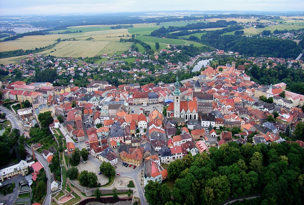 Tabor_CZ_aerial_old_town_from_north_B1Rudolf Kukačka