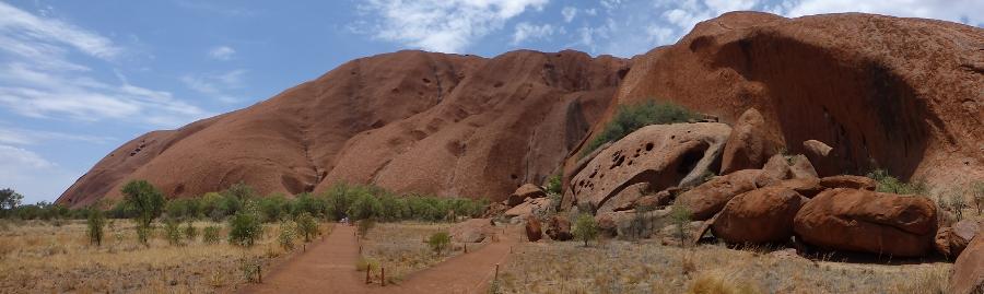 P1020113 Uluru, Mala Walk langs heilige plekken (900x269)