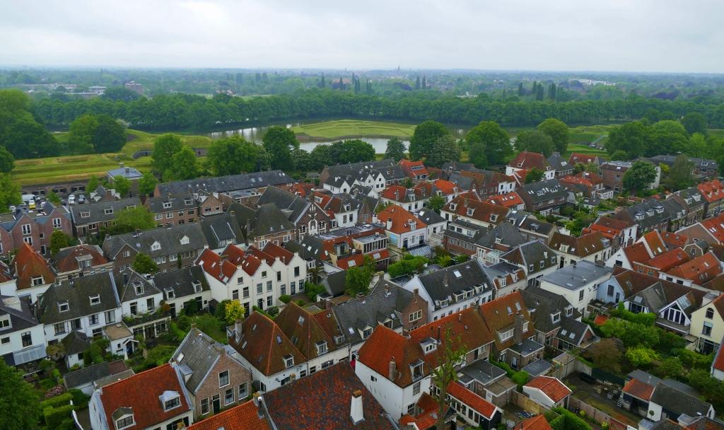 3. uitzicht vanaf de toren (1024x608)