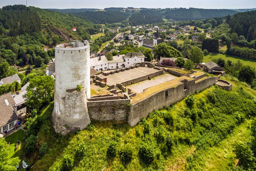 Eifelsteig-Burg-Reifferscheid-Eifel-Tourismus