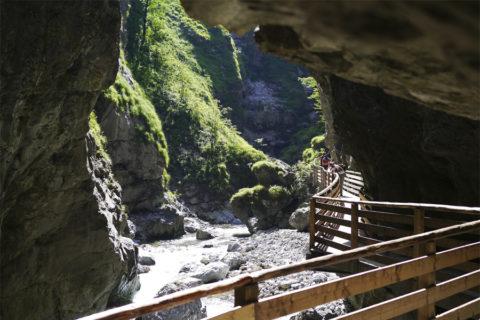 Wandelpad door één van de langste en mooiste gorges in de Alpen