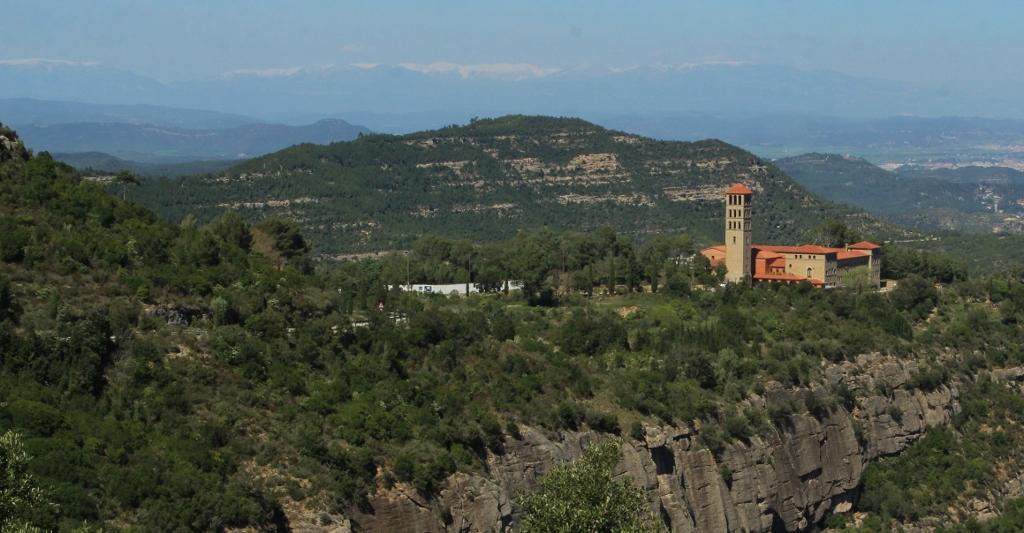 Miez Peek Montserrat (2)