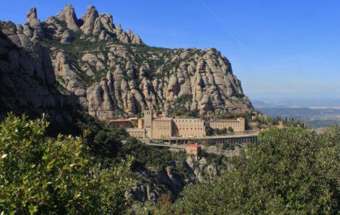 Montserrat, wandelen rond een beroemd klooster 30km van Barcelona