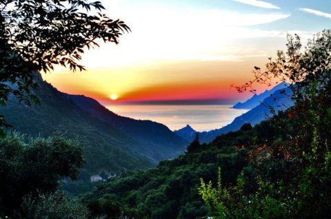 Langs de ruige kust van Corsica
