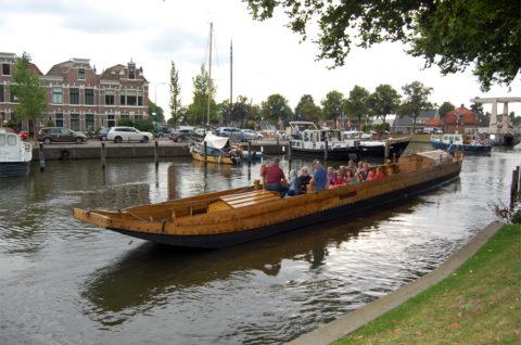 Met een Romeins schip door vestingstad Woerden