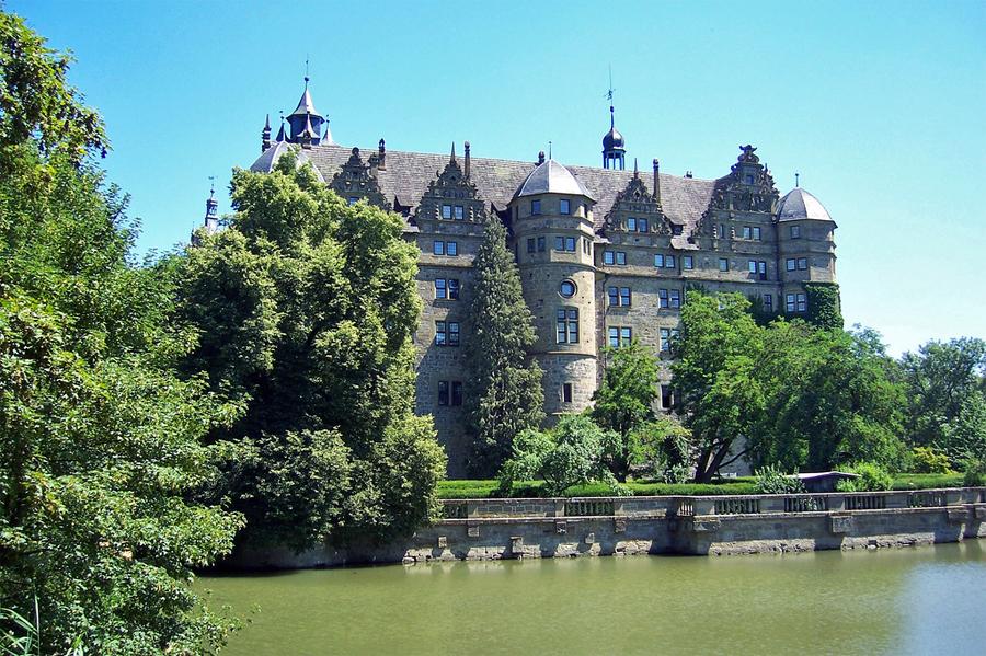 Schloss-Neuenstein
