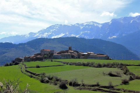 Drive & Hike: Langs de verstopte dorpen van het Serra del Cadi massief