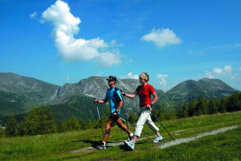 Waarom is Nordic Walking eigenlijk zo goed voor je?