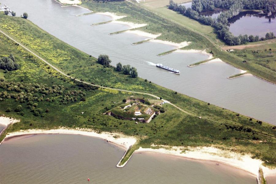 Fort-Pannerden,-Take-Mirrenberg,-Wikimedia