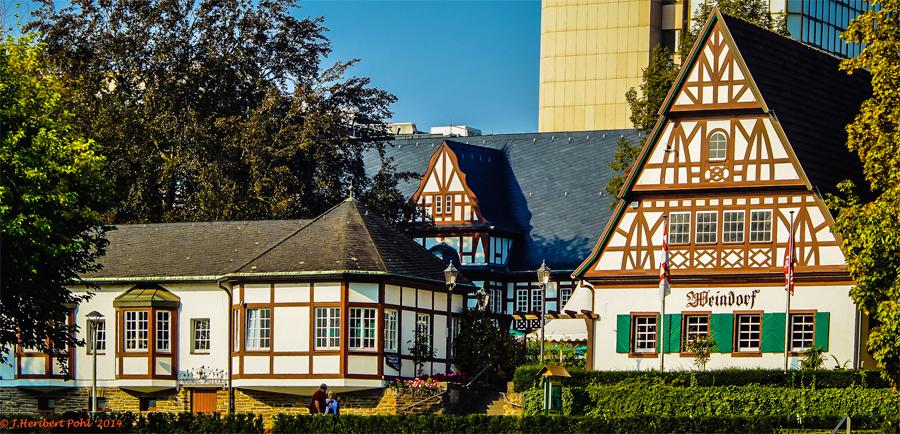 _Koblenz-Weindorf,-Polybert49,-Flickr