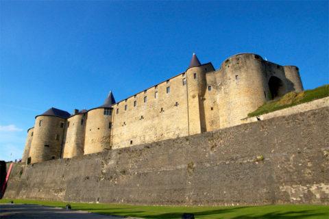 Fietsvakantie over de Maasroute van Sedan in Frankrijk naar Maastricht