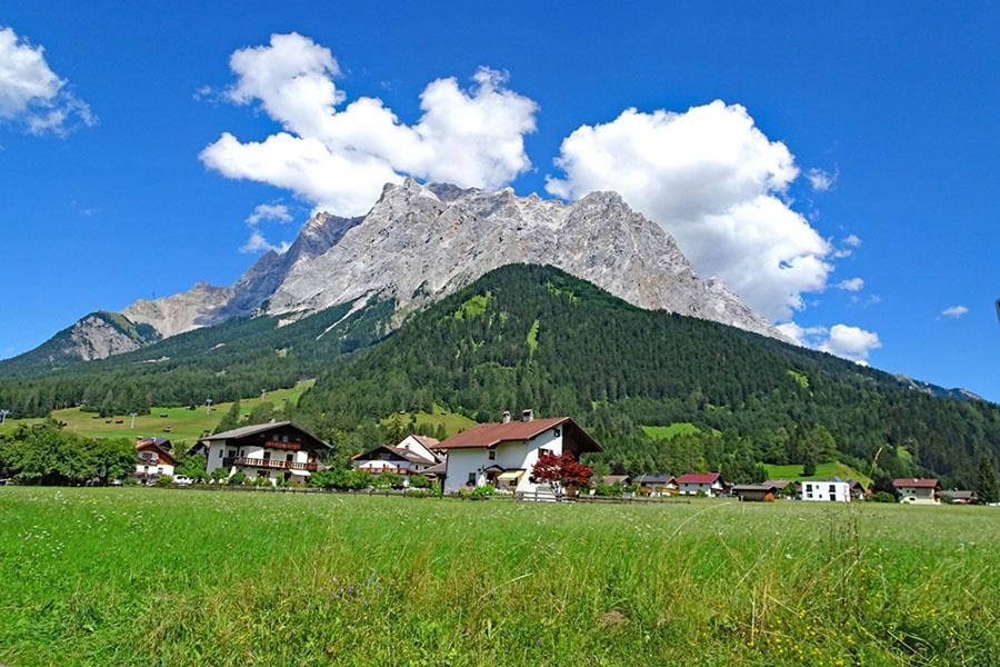 eurohike-zugspitze-zugspitze-panorama-wanderungberg1