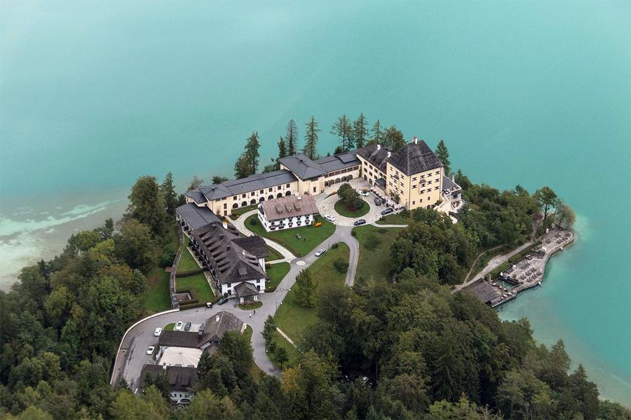 OOSTENRIJKSE-MEREN,-Schloss-Fuschl