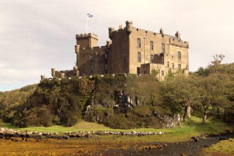 Op verkenning langs Loch Dunvegan op het Schotse eiland Skye