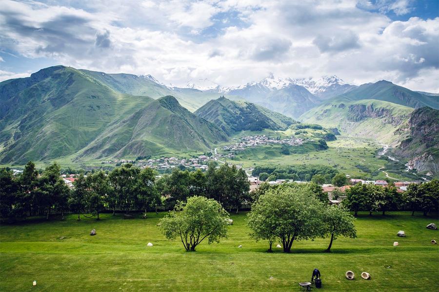 De vallei met Mount Kazbek in de achtergrond, Mark IIi, Max Pixel