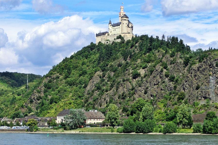 RHEINSTEIG,-marksburg,-Felix-Koenig,-Wikimedia