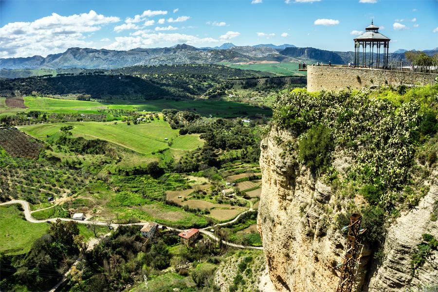 Andalusie, Uitzicht vanaf Ronda, Andbog, Wikimedia