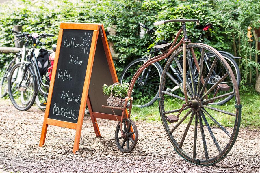 Ems-Strassenstopper-Kaffeetafel, foto;Senndegemeinde-Hovelhof