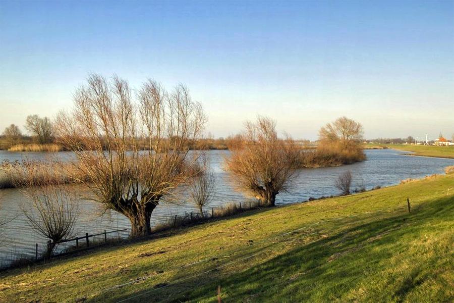 IJssel bij Olst, foto: Paul van Galen, Wikimedia