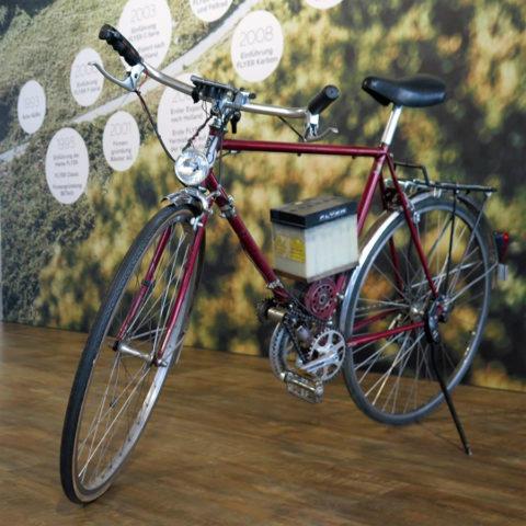 1998: Uitvinding van sterk Zwitsers E-bike-merk Flyer