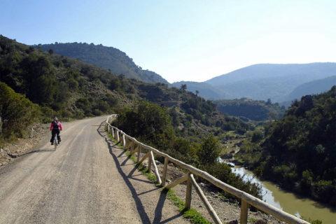 'Vias Verdes': Groene fietsroutes dwars door de natuur in Spanje