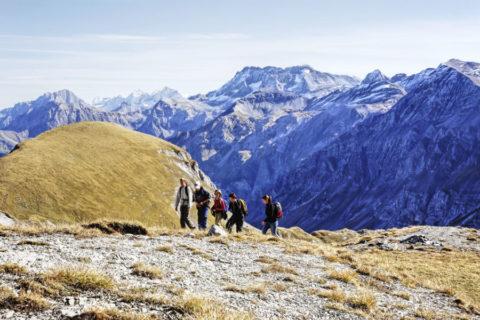 Huttentocht Zwitserland langs hutten en 'berg'hotels over de Bärentrek