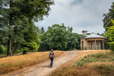 Reconstructie van oude wandelwegen in nieuwe wandelgids