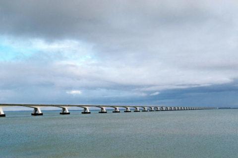 Uitwaaien op de fietsroute met de twee langste bruggen van Nederland