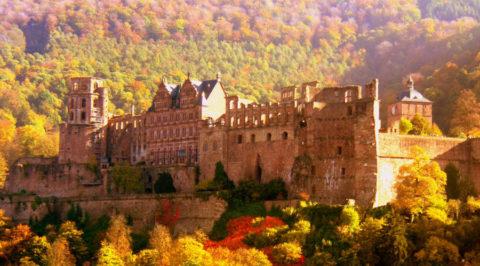 De Neckarsteig: Klassieke wandelroute die start in historisch Heidelberg