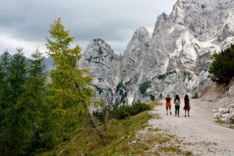 Wandelvakantie Slovenië met nacht in berghut en hooischuur