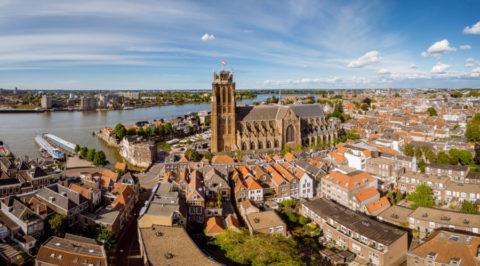 Ontdek Dordrecht, de oudste stad van Nederland omringd door rivieren