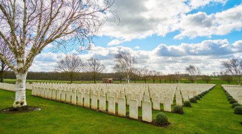 Fietsen over de 'Vredesroute' in Vlaanderen vanuit Ieper