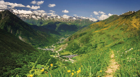 Camin Reiau: langs 33 authentieke dorpen in de Spaanse Pyreneeën